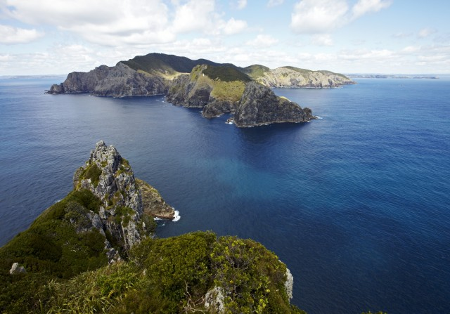 scenic flights from paihia bay of islands to cape reinga. Black Bedroom Furniture Sets. Home Design Ideas