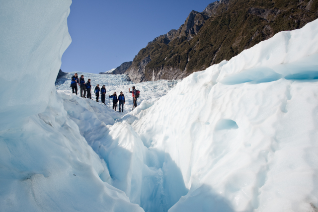 What Sea And Ice Shelf Are South Of New Zealand Endurance