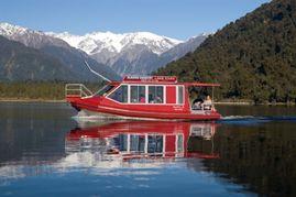 Franz-josef-glacier-boat-tours-lake-mapourika-cruise