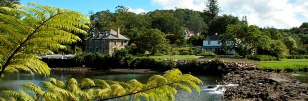 Bay-of-Islands-sightseeing-tours-Kerikeri-stone-store-2