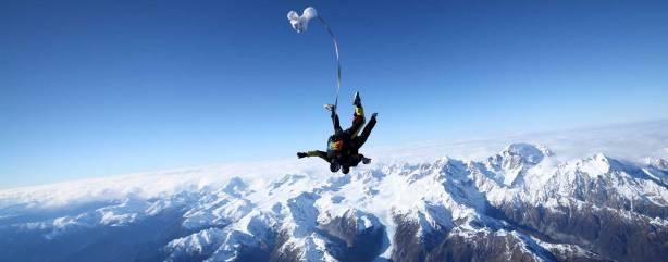 fox-glacier-tandem-skydive-over-glacier