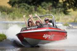 Agroventures-Rotorua-family-activities-jet-sprint-jet-boat