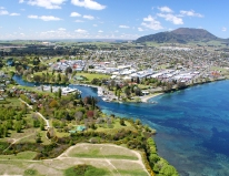 Scenic-flights-Lake-Taupo-inflite-helicopters-flight-over-best-of-taupo