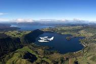 scenic-floatplane-crater-lakes-flight-volcanic-air