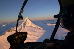 wanaka-helicopters-mount-aspiring-at-sunset