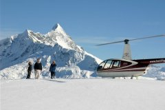 wanaka-helicopters-scenic-flights-snow-glacier-landings