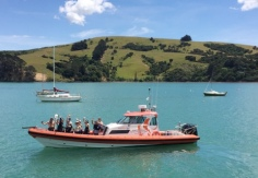 eco-seaker-akaroa-dolphin-swimming-trips-nature-tours-scenery-the-boat