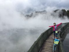 rotorua-bike-tours-with-happy-ewe-cycle-tours-geothermal-reserve-tour