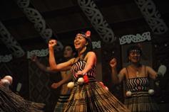 te-puia-rotoruas-geothermal-valley-maori-cultural-performance