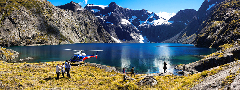 Queenstown Helicopter Scenic flights to Milford Sound