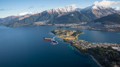 Queenstown Helicopter Scenic Flights over lake Wakatipu