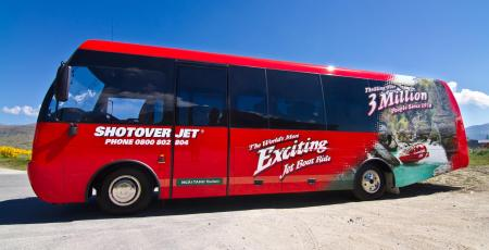Shotover-jet-queenstowns ultimate-jet-boating-experience-courtesy-bus-transport-22