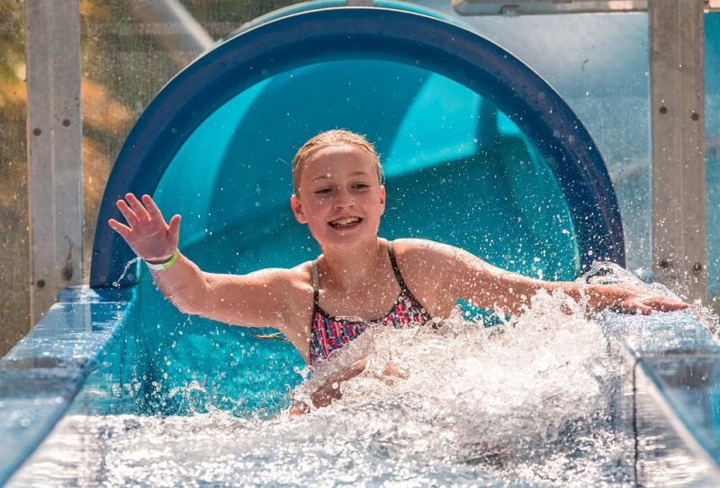 taupo-debretts-accommodation-holiday-park-hot-spring-childrens-pools-2b