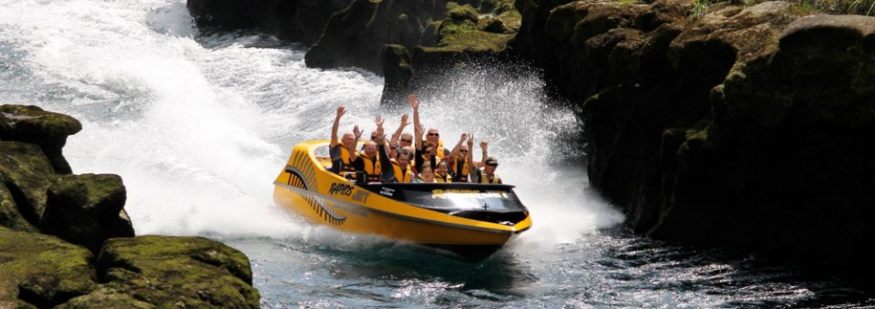 lake-taupo-best-activities-rapids-jet-aratiatia-dam-family-fun