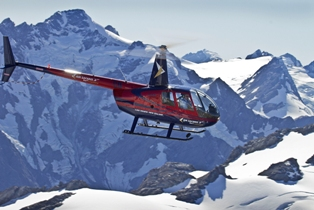 Air-Safaris-Helicopters-scenic-helicopter-flight-Lake-Tekapo-2