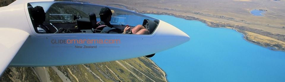 Glider over Lake Ohau-2