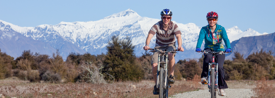 Lake-wanaka-guided-mountain-bike-tours-panorama-1
