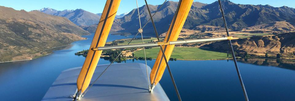 classic-flights-wanaka-scenic-flights-tiger-moth-panorama-1