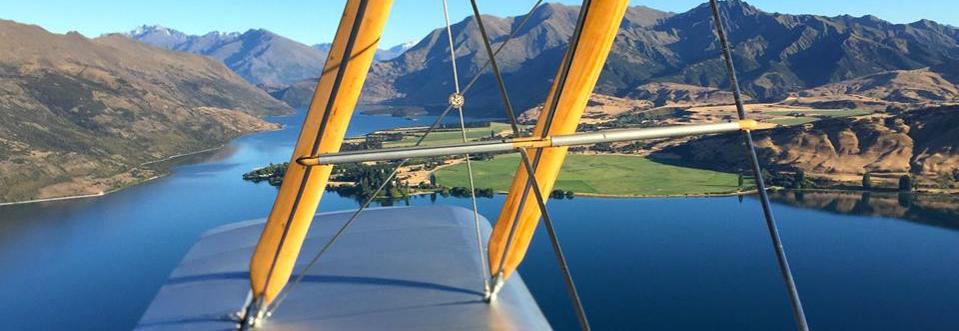 classic-flights-wanaka-scenic-flights-tiger-moth-panorama-1