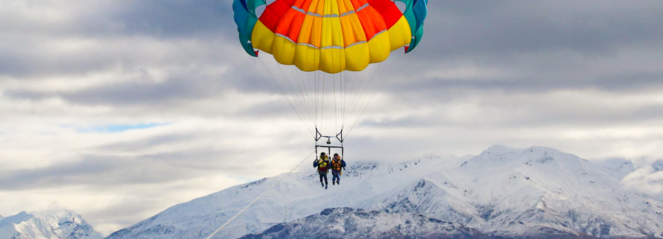 wanaka-parasailing-best-activities-and-tours-lake-wanaka-panorama-1