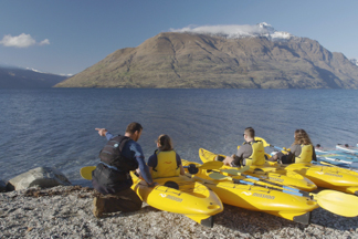 whitewater kayak new zealand queenstown